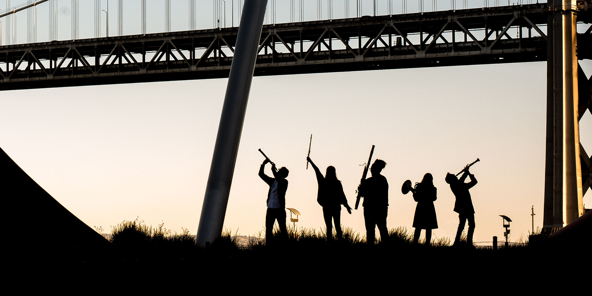 A photo of SFCM students by the Bay Bridge