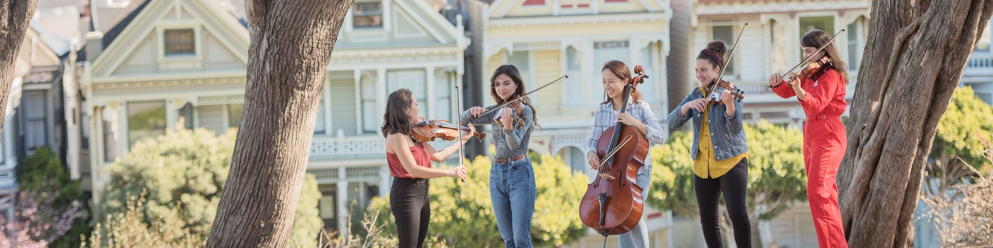 SFCM students playing strings at the painted ladies