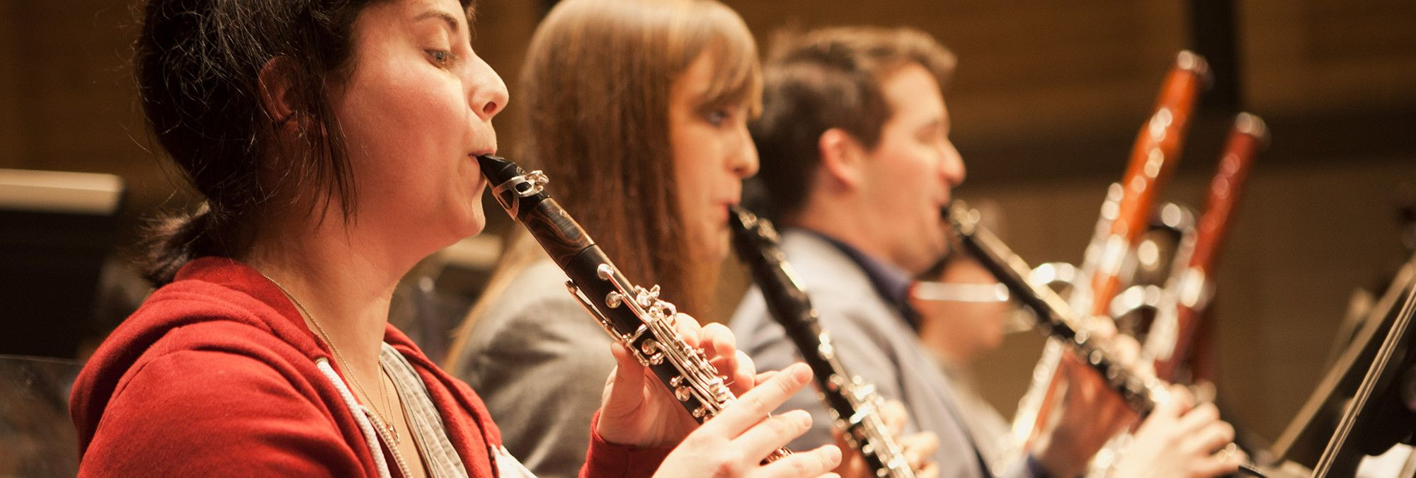 Clarinetists play in an ensemble
