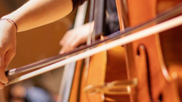 SFCM Student Playing Cello