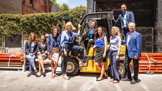 Advancement team forklift